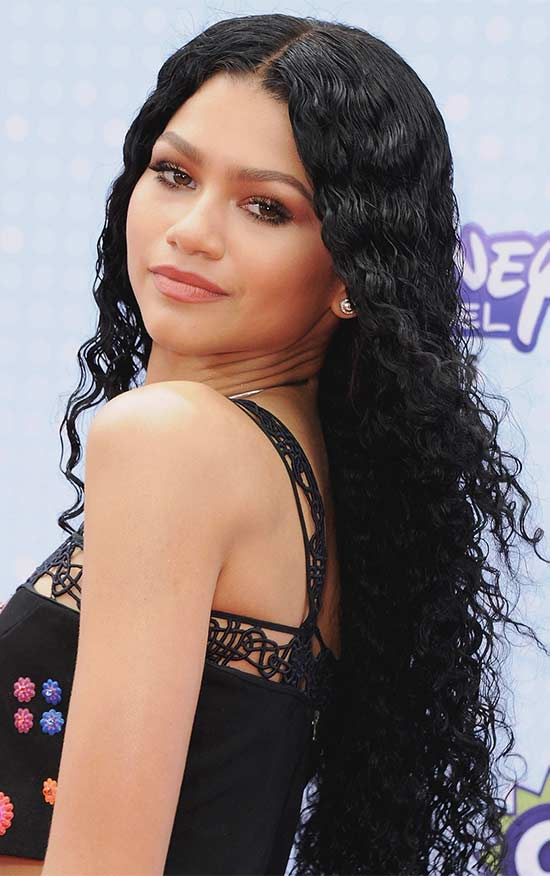 Zendaya long curly hair