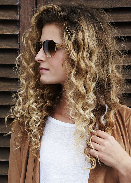balayage long curly hairstyle
