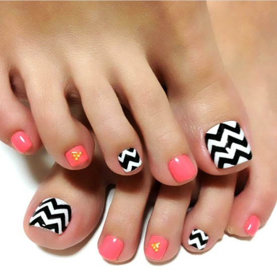 35 Simple And Easy Toe Nail Art Design Ideas You Can Try Out At Home Part 19