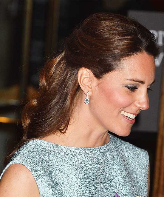 kate middleton hair half up