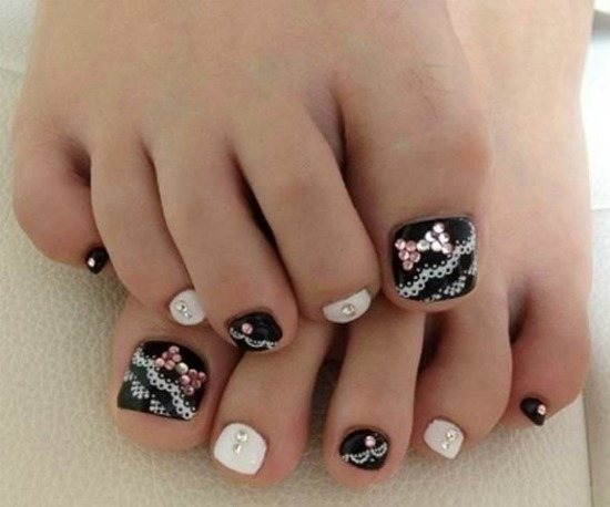 lace toe nail Art design