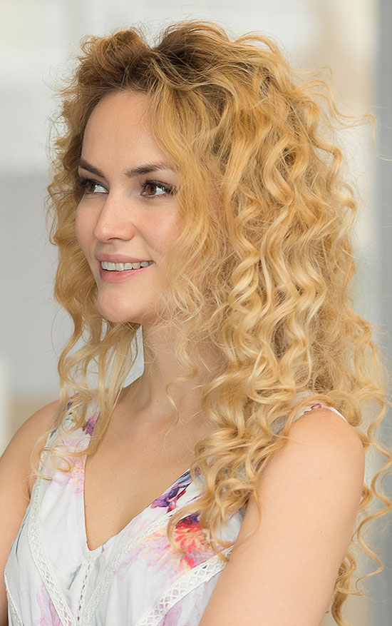 long blonde curly hairstyle