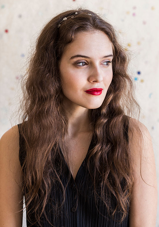 long curly hairstyle for wedding