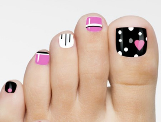 valentine Day toe nail art Design