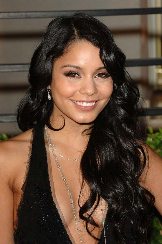 vanessa_hudgens Long hair style for round Face