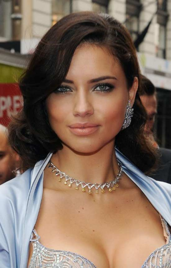 Adriana Lima Medium Side Parted Black Wavy Hairstyle