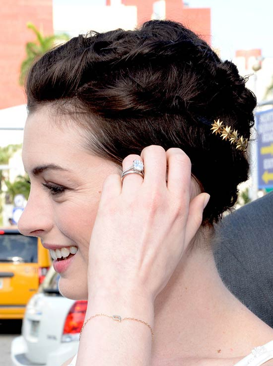 Anne Hathaway Updos for Short Hair