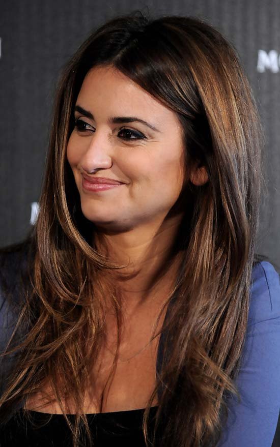Charming Penelope Cruz Long Hairstyle