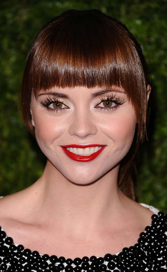 Christina Ricci Pixie Cut for Round Face