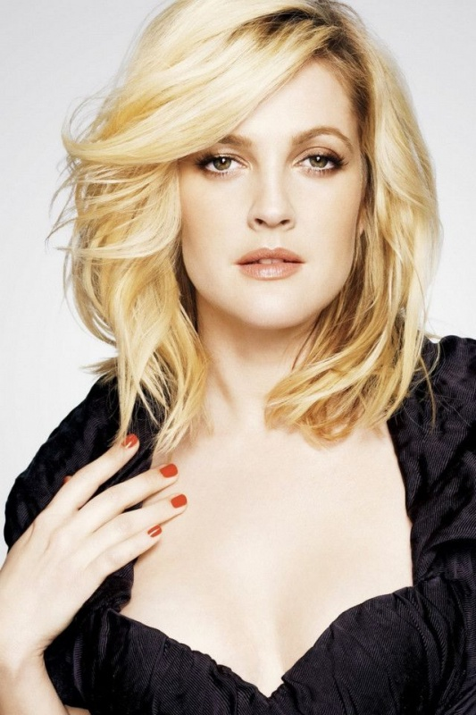 Drew Barrymore A Line Haircut Sultry Waves.