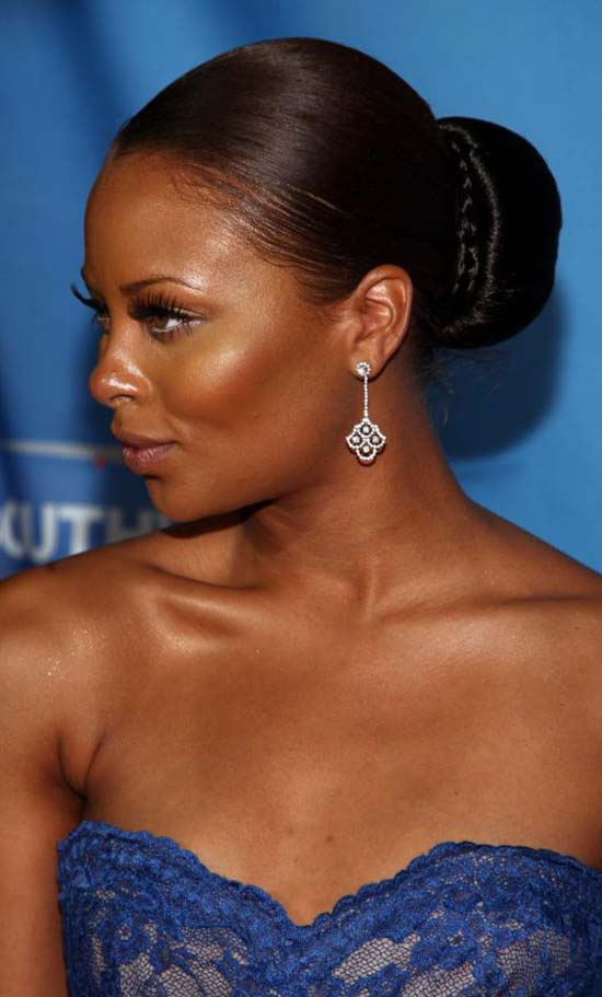 Top 18 Eva Marcille Hairstyles And Haircuts That Will
