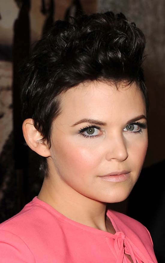 Ginnifer Goodwin Short Wavy cut