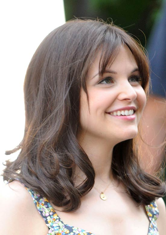 Ginnifer Goodwin Shoulder Length Hairstyles