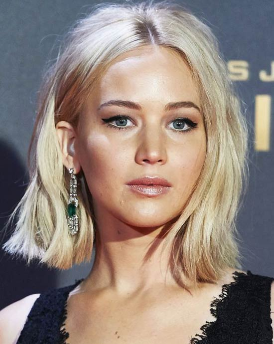 Jennifer-Lawrence-center parted bob haircut