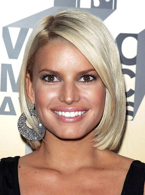 Jessica-Simpson Short Straight Hairstyles