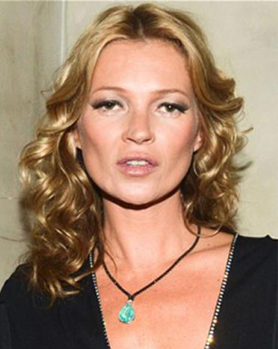 Kate Moss curly hairstyle for fine hair