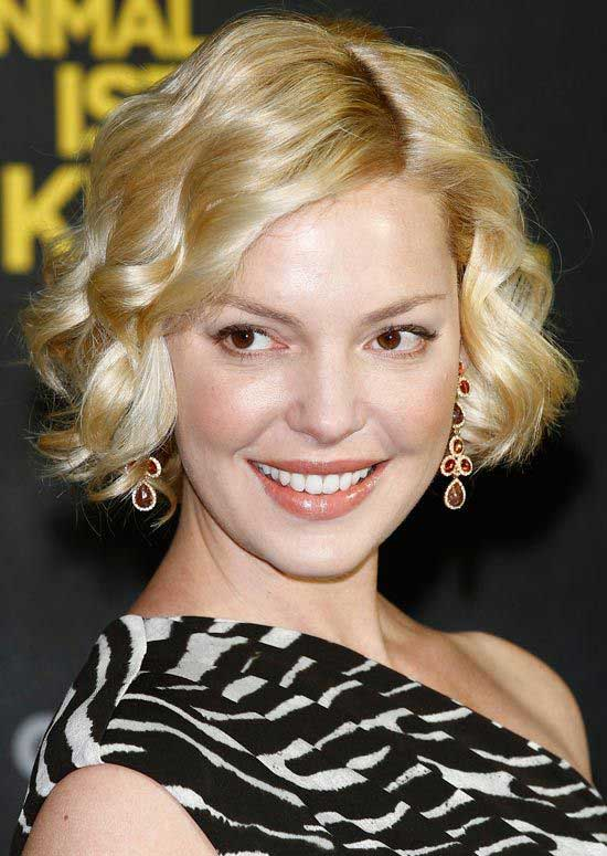 Katherine Heigl's Short Blonde Hair In Curly