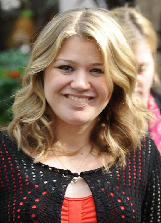 Curly Hairstyle Shoulder Length : 16 trendy kelly clarkson hairstyle ideas for you try it !