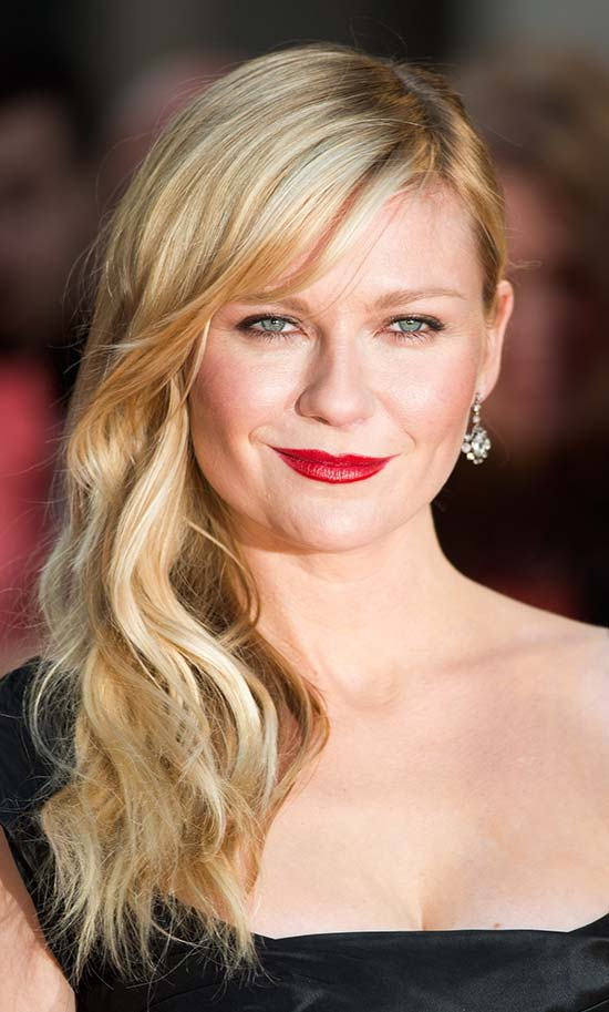 Kirsten Dunst Hairstyles Side swept Long Curls