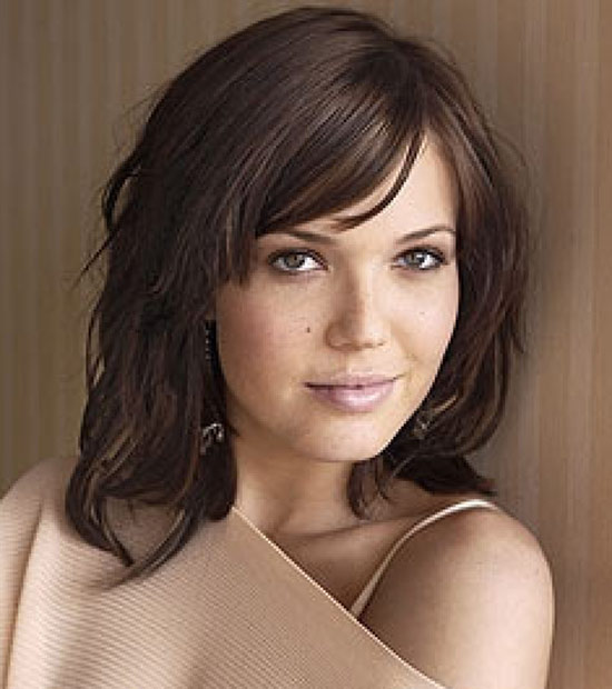 Mandy Moore Short Brown Hairstyle