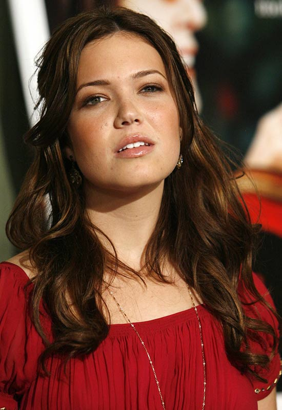 Mandy Moore long wavy hairstyles