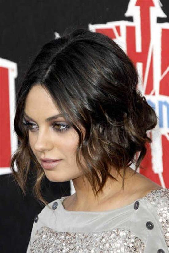 Mila-Kunis-Short-Chopped-Hairstyles-For-Thick-Wavy-Hair