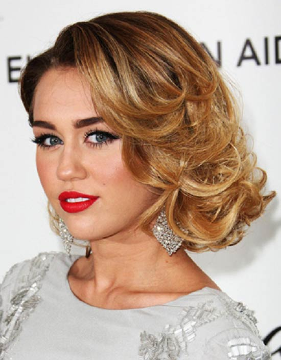 Miley Cyrus with Caramel Hair