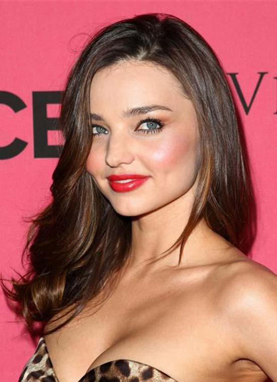 Miranda Kerr Debuts Shoulder Length Bob