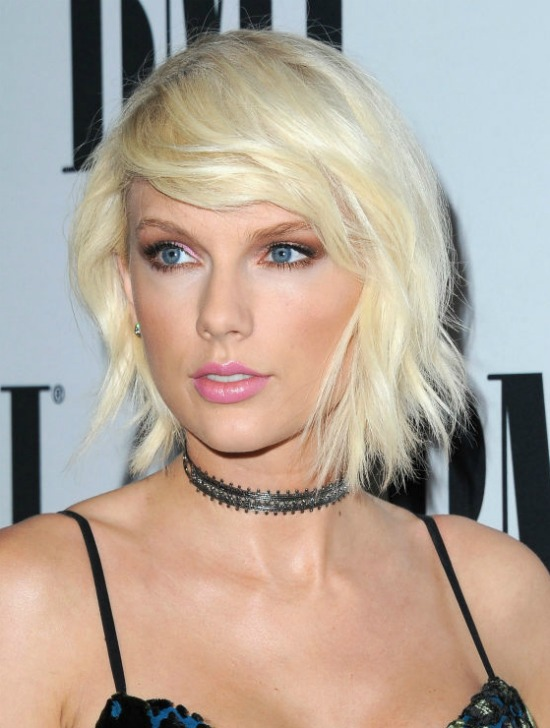 Taylor Swift Blonde Bob