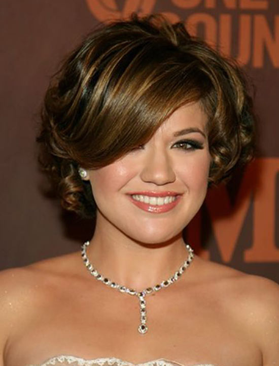 83 kelly clarkson hairstyles with bangs kelly clarkson