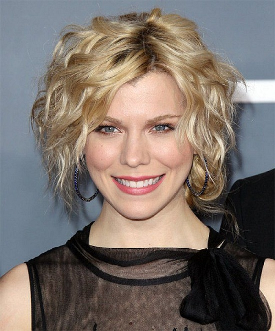 kimberly perry short hair