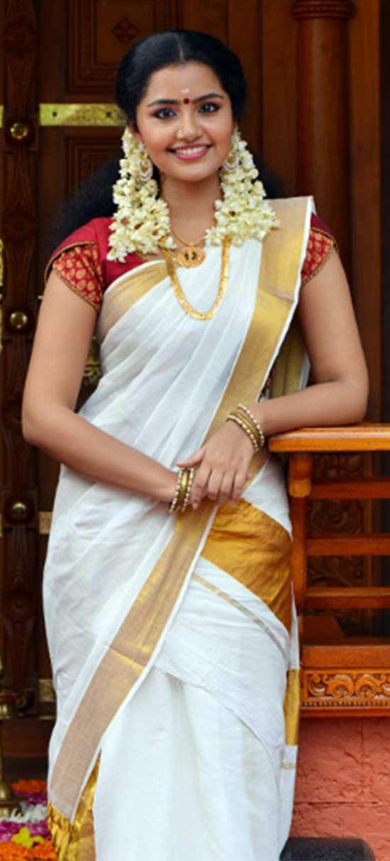 Anupama parameswaran In Kerala Saree