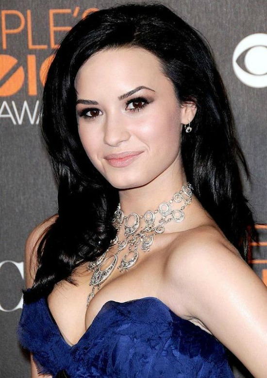 Demi Lovato Black Hair