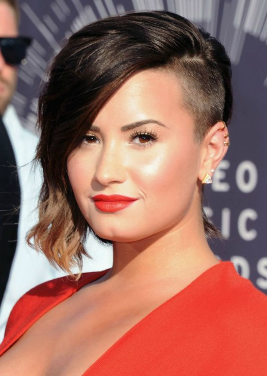 Demi Lovato Half Shaved Hair