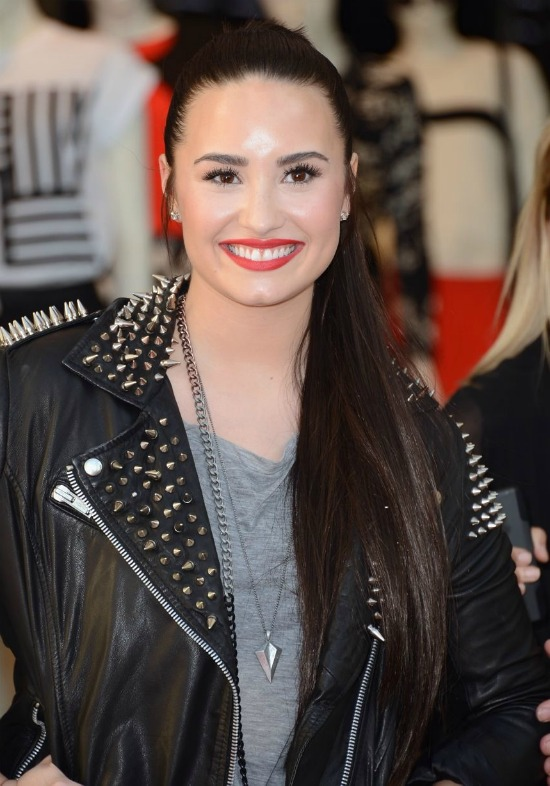 Demi Lovato Long Ponytail