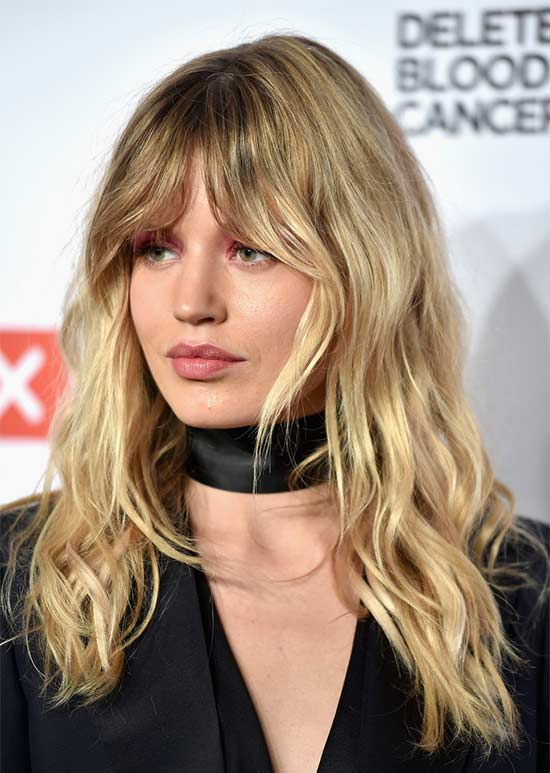 Georgia May Jagger Long-Wavy-Cut-with-Bangs