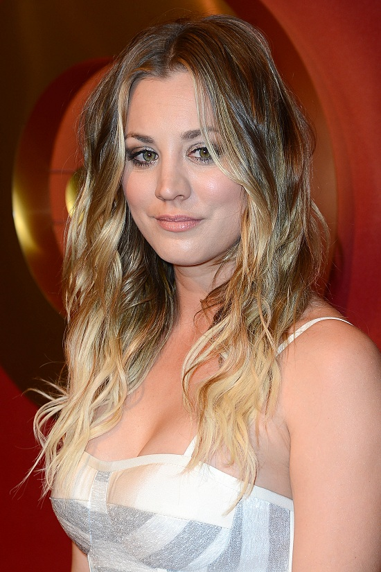 Kaley Cuoco Long Curly Hairstyle