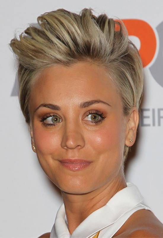 kaley cuoco hair style 20 flawless kaley cuoco hairstyles to inspire you 7802 | Kaley Cuoco Short Straight Casual