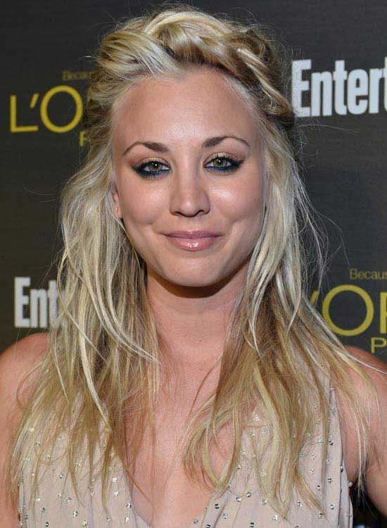 Kaley Cuoco Wispy-Wavy-Layers-With-Twisted-Front