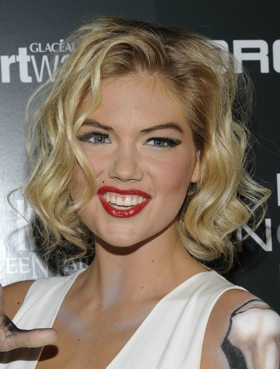 Kate Upton Retro Chic Hairstyle