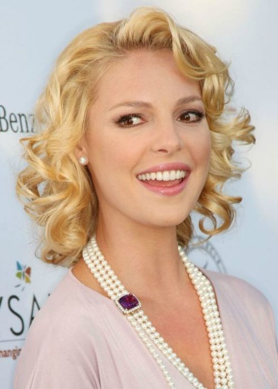 Katherine Heigl Short Curly Hairstyle