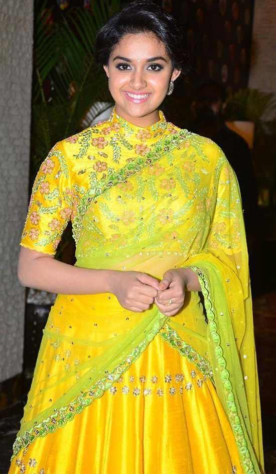Keerthi-Suresh-In-Yellow-Sequins-Half-Saree