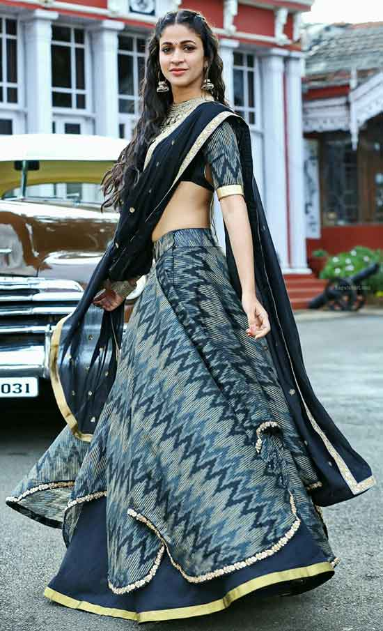 Lavanya-Tripathi-In-Black-Half-Saree