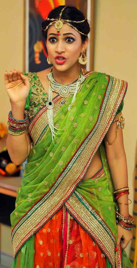 Lavanya-Tripathi-In-Green-Half-Saree