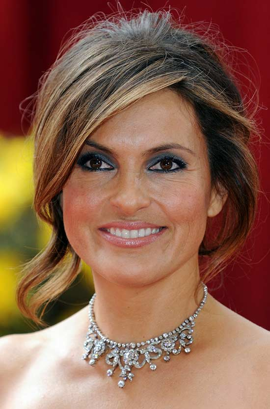 hair style for carpet 14 mariska hargitay hairstyles to inspire you 8522