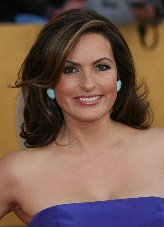 Mariska Hargitay Loose Curly Hairstyle