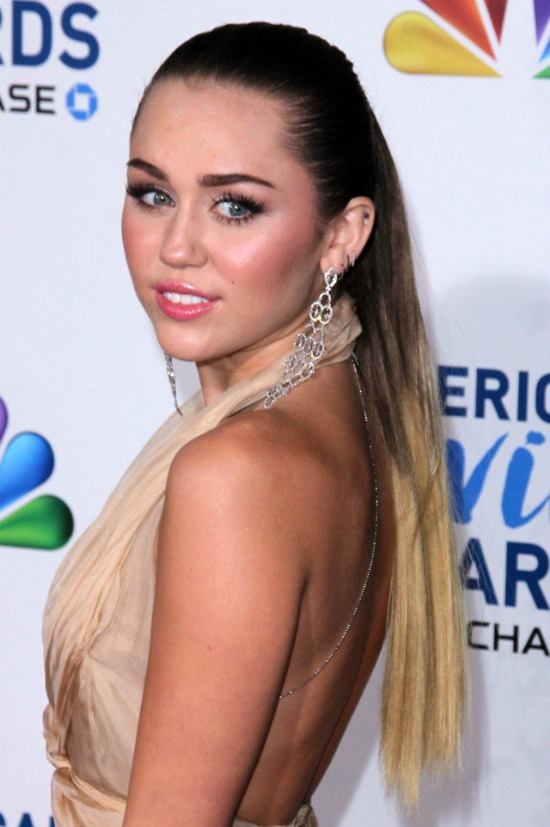 Miley Cyrus Ponytail