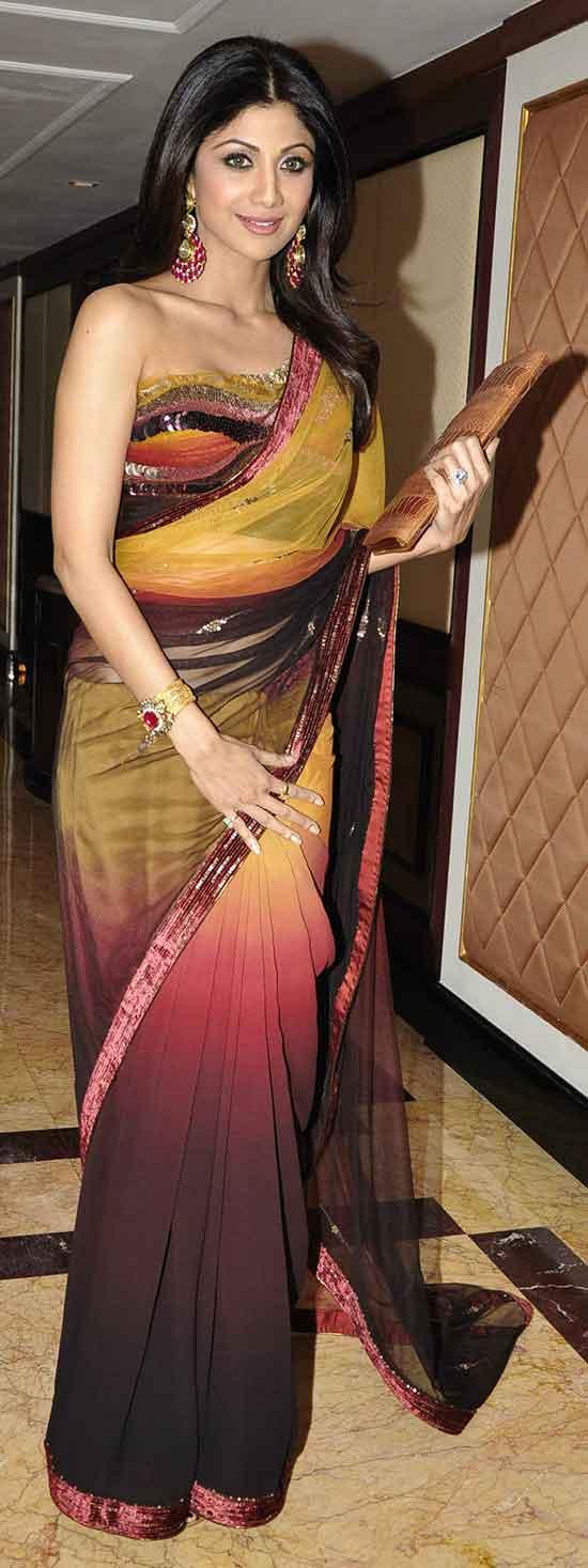 Shilpa-Shetty-in-attractive-multi-color-Saree