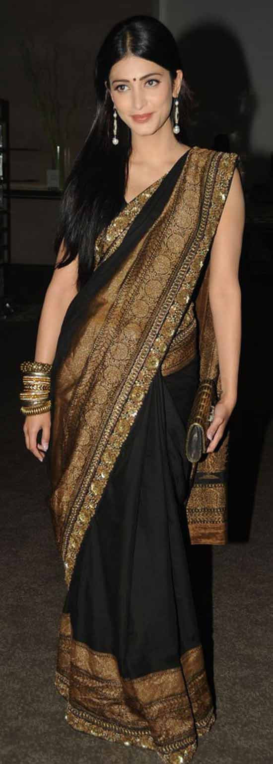Shruti-Hassan-Black-And-Golden-Saree