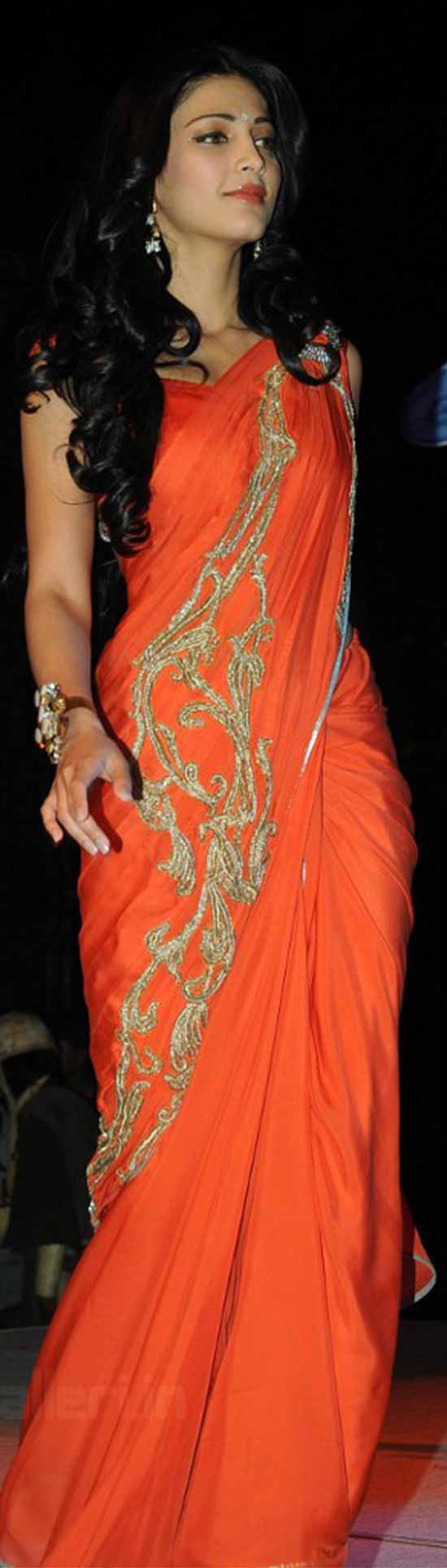 Shruti-Hassan-In-Orange-Saree